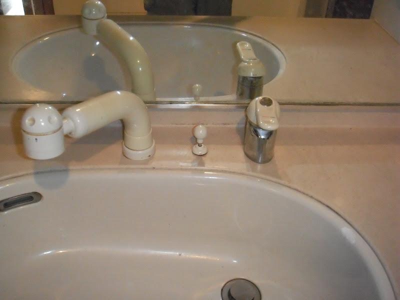 神戸市灘区 マンション KVK洗面台シングルレバー式洗髪シャワー水栓取替(交換)