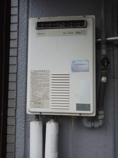 神戸市兵庫区 マンション ノーリツ ベランダ設置 ガス給湯器 取替工事(交換)