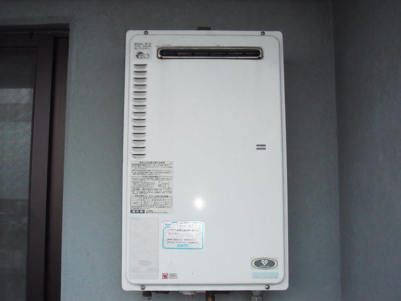 尼崎市 マンション ノーリツ ベランダ設置 ガス給湯器 取替 交換 (交換)