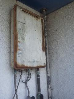 大阪市中央区 マンション ノーリツ ベランダ設置 ガス給湯器 取替 工事(交換)