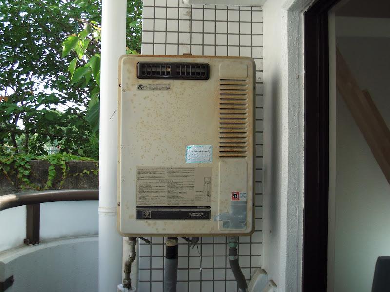 西宮市 マンション ノーリツ 屋外設置 ガス給湯器 取替交換 工事