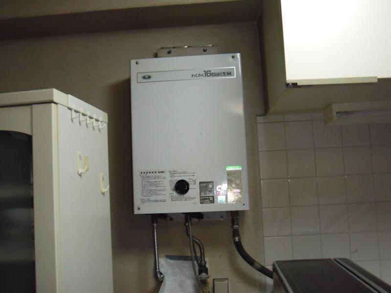 神戸市中央区 マンション ノーリツ 屋内設置 ガス給湯器 取替 (交換)