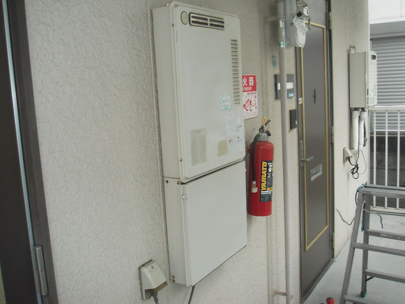 神戸市東灘区 賃貸ハイツ ノーリツ製ガス給湯器 取替交換工事