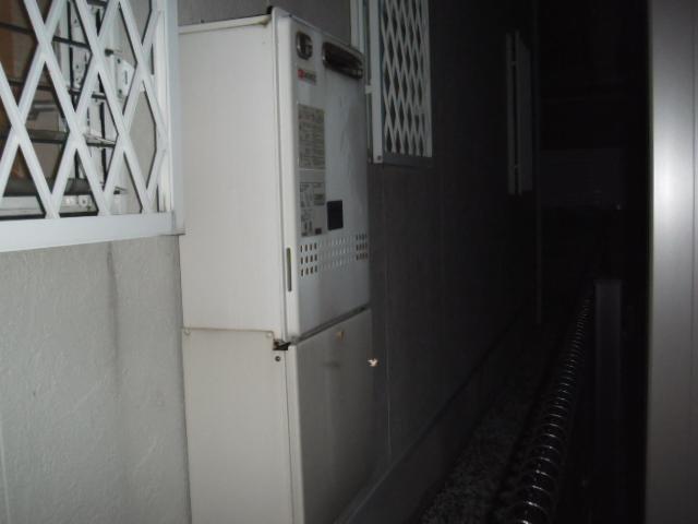 兵庫県 芦屋市 戸建て住宅 ノーリツ ガス風呂給湯器 屋外壁掛け型 取付 交換 工事