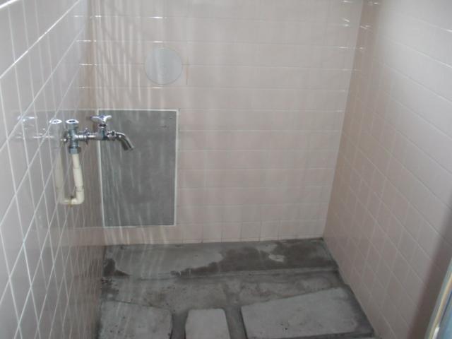 神戸市 賃貸住宅  ノーリツガス風呂給湯器、浴槽 新設工事