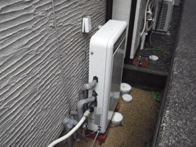 兵庫県尼崎市 戸建て住宅 ノーリツエコジョーズ 隣接タイプ 取替交換工事