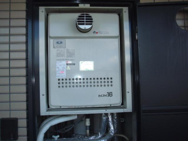 兵庫県尼崎市 賃貸マンション ノーリツガス風呂給湯器 セミオートタイプ取替交換工事