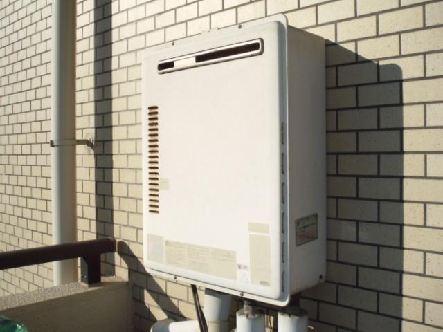兵庫県尼崎市 マンション ノーリツガス給湯器 取替交換工事