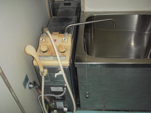 神戸市北区 賃貸 ノーリツシャワー付きバランス釜 取替交換工事