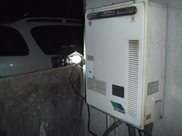 兵庫県尼崎市 戸建て住宅 ノーリツ ガス風呂追いだき付給湯器 セミオート 取替交換工事