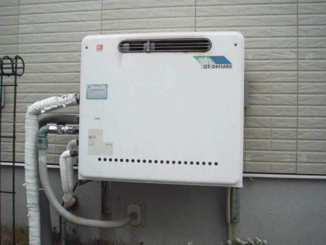 兵庫県神戸市北区 戸建て住宅 ノーリツ ガス風呂給湯器セミオート 据え置き型 取替交換工事
