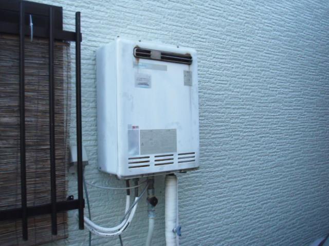 兵庫県神戸市須磨区 戸建て住宅 ノーリツガス風呂給湯器 屋外壁掛け セミオート 取替交換工事