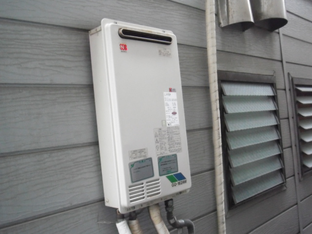 兵庫県尼崎市 戸建て住宅 リンナイ ガス給湯器 高温差し湯タイプ 取替交換工事
