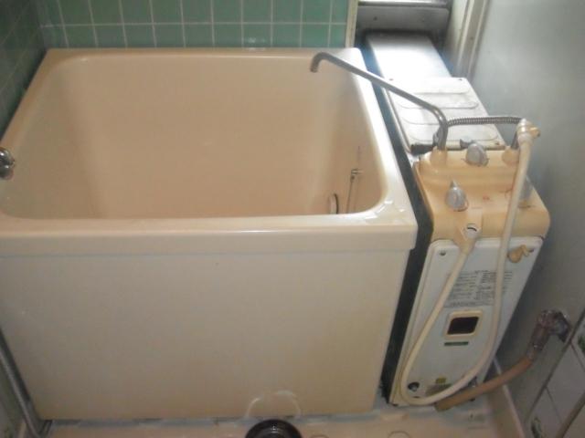 神戸市垂水区 団地 ノーリツ シャワー付きバランス釜 取替交換工事
