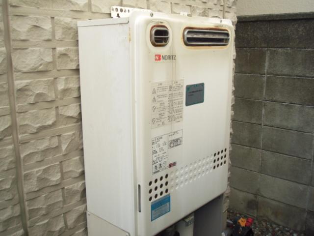 兵庫県伊丹市 戸建て住宅 ノーリツ エコジョーズ 24号 セミオートタイプ 取替交換工事