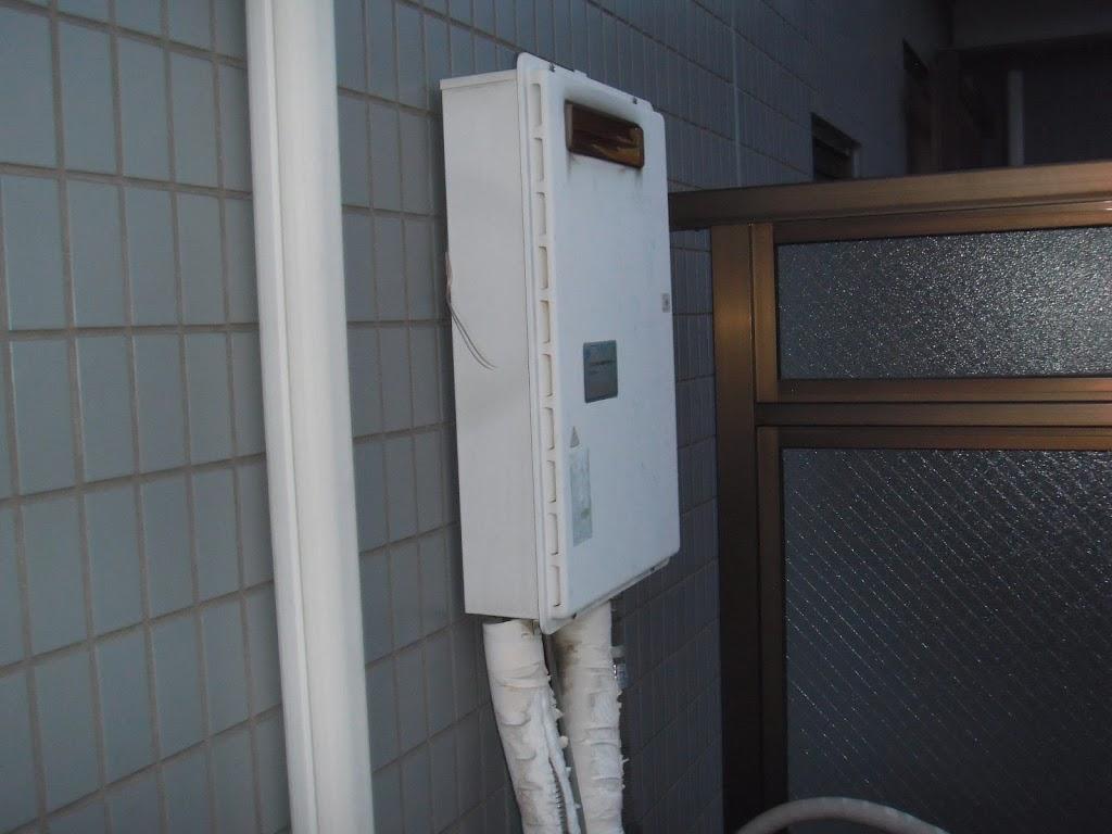 兵庫県 神戸市 東灘区 マンション ノーリツ ガス給湯器 16号 屋外壁掛け形 取替交換工事