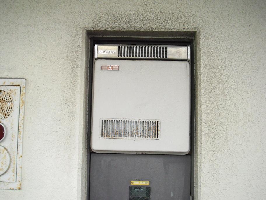 兵庫県 尼崎市 マンション ノーリツ ガス給湯器 16号 PS標準設置形 取替交換工事