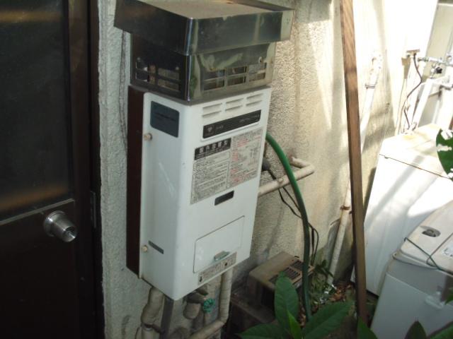 兵庫県 神戸市 垂水区 パロマ ガスふろ給湯器 屋外設置壁掛け形 取替交換工事