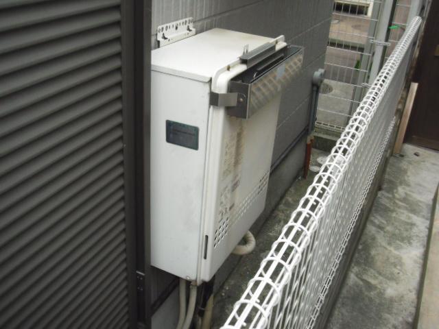 兵庫県 尼崎市 戸建て住宅 ノーリツ ガス風呂給湯器 エコジョーズ 屋外壁掛け形 セミオートタイプ マイクロバブル対応 取替交換工事