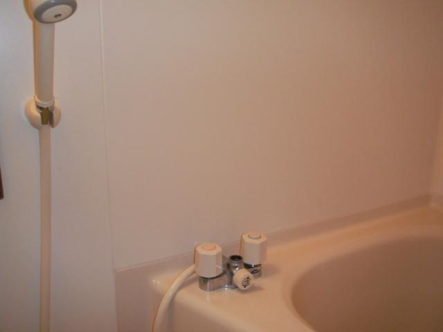 兵庫県 尼崎市 マンション TOTO 浴室サーモ付シャワー水栓 取替交換工事