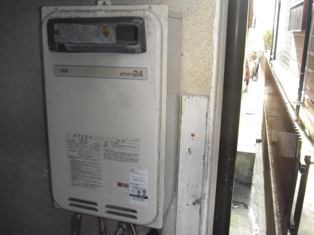 兵庫県 川西市 戸建て住宅 ノーリツ 24号 ガス給湯器 屋外設置型 取替交換工事