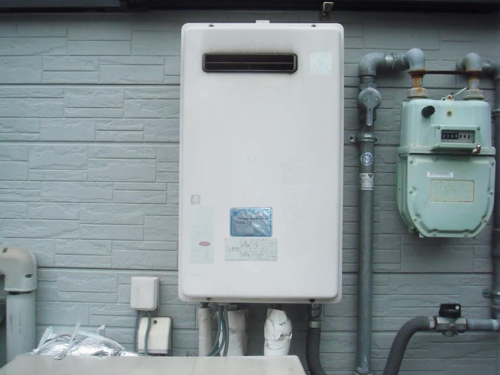 兵庫県 神戸市 東灘区 戸建て住宅 ノーリツ ガス給湯器 高温水供給方式 屋外設置形 取替交換工事