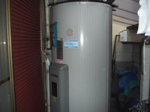 兵庫県 神戸市 灘区 戸建て住宅 リンナイ エコジョーズ ガスふろ給湯器 屋外壁掛型 取替交換工事 施工