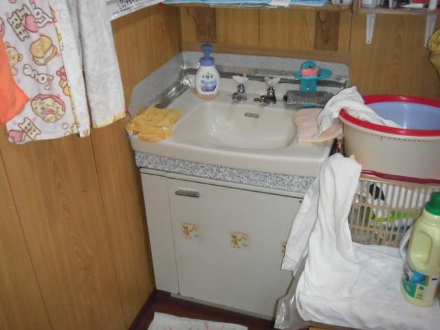 兵庫県 神戸市 灘区 戸建て住宅 600サイズ TOTO 洗面化粧台 取替交換工事 施工