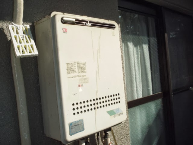兵庫県 尼崎市 マンション ノーリツ 16号 ガス追炊き付き給湯器 屋外設置 セミオート 取替交換工事 施工