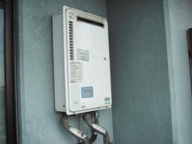 兵庫県 尼崎市 マンション ノーリツ 16号 ガス給湯器 屋外壁掛け 取替交換工事 施工