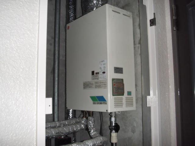 兵庫県 川辺郡 猪名川町 マンション ノーリツ ガス給湯器 高温水供給方式 屋内設置型 強制給排気 取替交換工事 施工