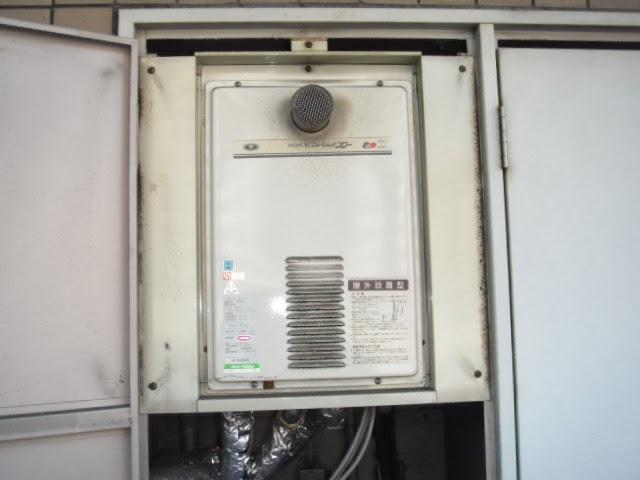 大阪府 大阪市 阿倍野区 マンション リンナイ ガス給湯器 16号 高温水供給方式 前方排気 PS メーターボックス設置 取替交換工事 施工