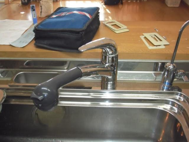 兵庫県 神戸市 東灘区 マンション INAX シングルレバー 台所水栓 取り替え交換工事 施工