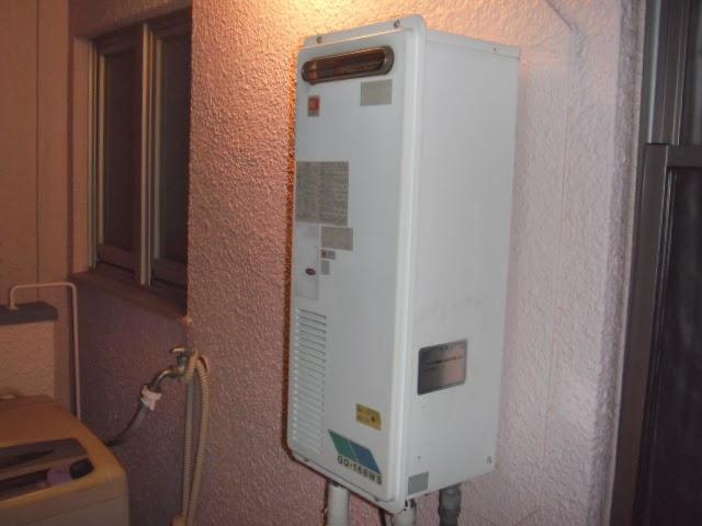 兵庫県 神戸市 東灘区 マンション ノーリツ 16号 ガス給湯器 屋外ベランダ設置型 取替交換工事 施工