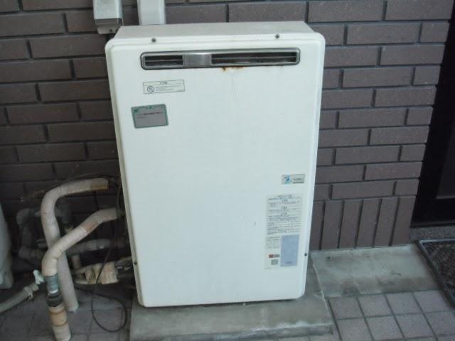 兵庫県 尼崎市 戸建て住宅 ノーリツ 24号 ガス追焚き付き給湯器 フルオートタイプ 据置型 取替交換工事 施工
