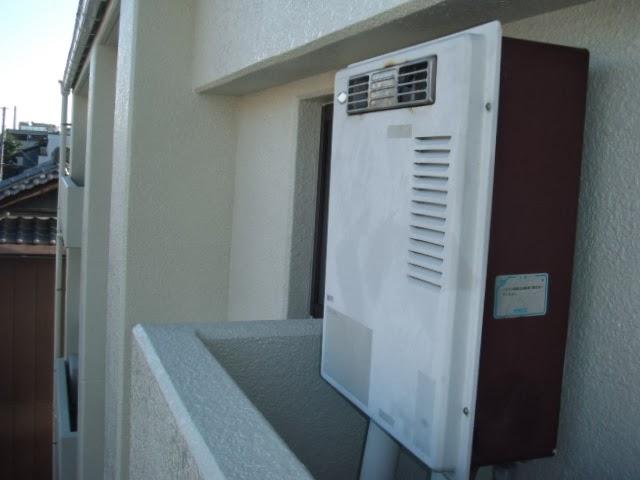 兵庫県 尼崎市 マンション ノーリツ 16号 ガス給湯器 屋外設置型 取替交換工事 施工