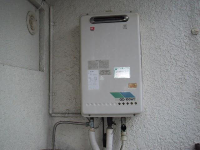 兵庫県 神戸市 灘区 マンション ノーリツ 16号 ガス給湯器 屋外設置型 取替交換工事 施工