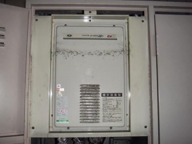 大阪市 阿倍野区 マンション リンナイ ガス給湯器 16号 高温水供給方式 後方排気型 取替交換工事 施工