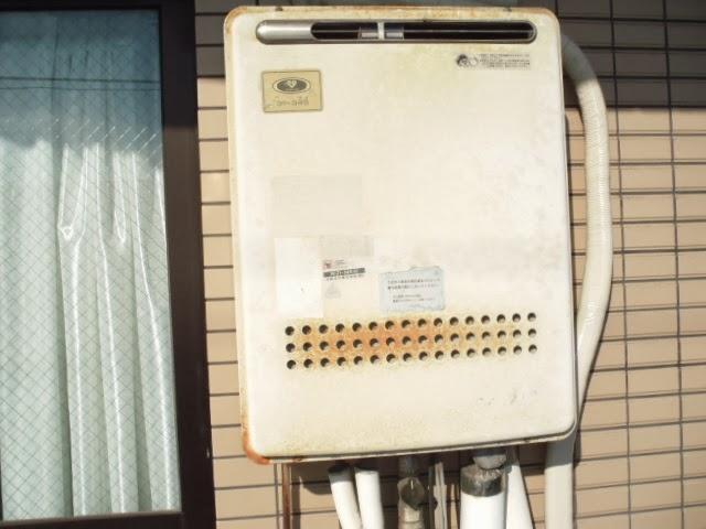 兵庫県 尼崎市 マンション ノーリツ 16号 ガスふろ給湯器 セミオート 屋外壁掛け型 取替交換工事 施工