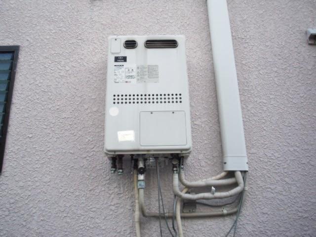 兵庫県 尼崎市 戸建て住宅 ノーリツ 24号 ガスふろ給湯器 屋外壁掛け型 セミオートタイプ 取替交換工事 施工