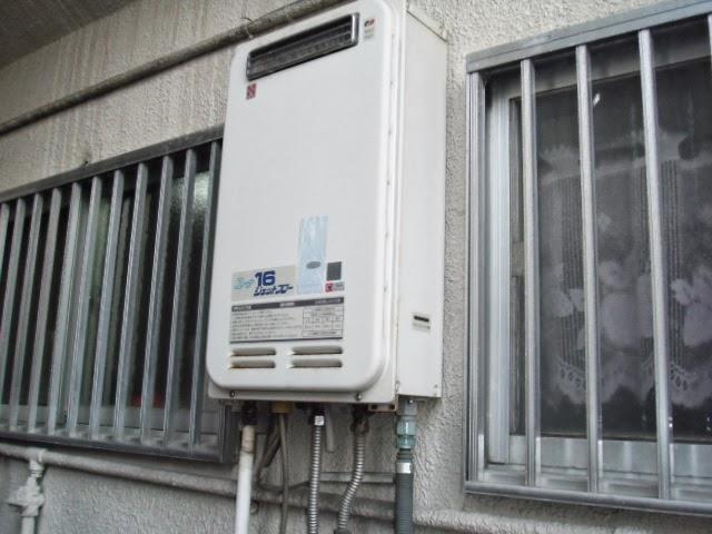 大阪府 守口市 戸建て住宅 ノーリツ 16号 ガス給湯器 高温水供給方式 屋外壁掛け型 取替交換工事 施工