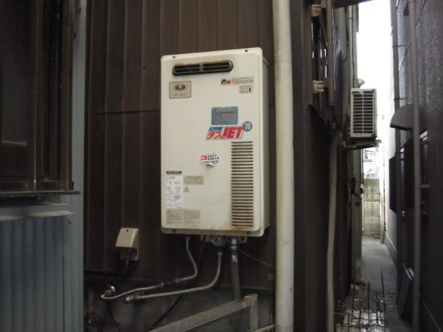 大阪府 大阪市 生野区 戸建て住宅 ノーリツ ガス給湯器 16号 屋外壁掛け型 取替交換工事 施工