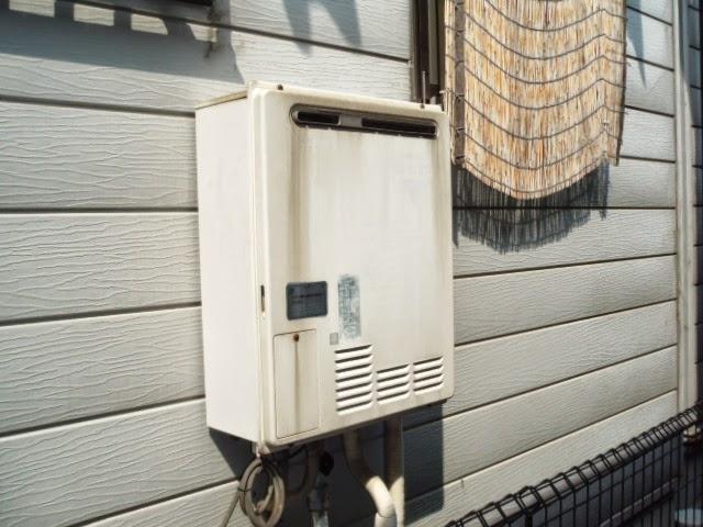 兵庫県伊丹市 戸建て住宅 リンナイ ガスふろ給湯器 フルオート エコジョーズ 屋外壁掛け 取替交換工事 施工