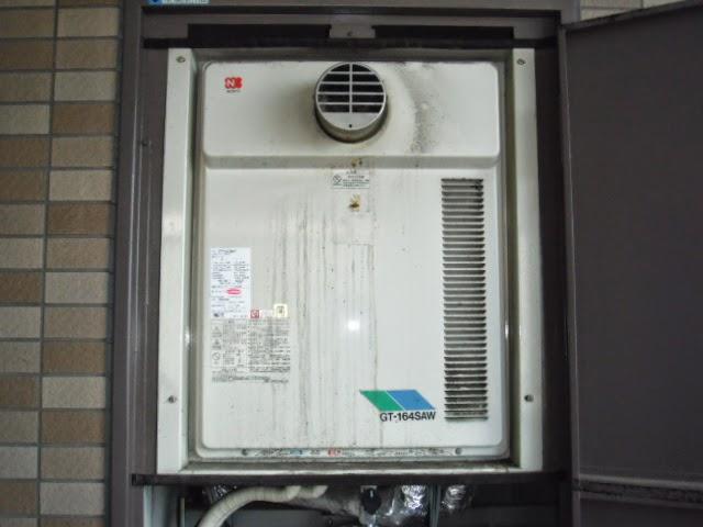 兵庫県 明石市 マンション ノーリツ 16号 ガス風呂給湯器 セミオート PS扉内設置 前方排気 取替交換工事 施工