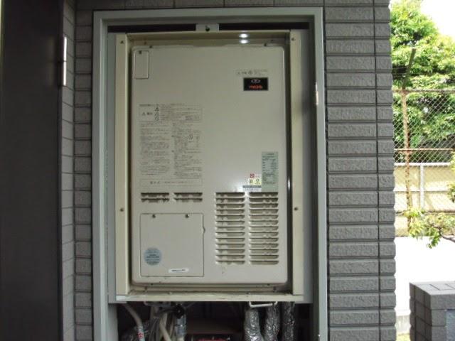 兵庫県 西宮市 マンション リンナイ ガス温水暖房付きふろ給湯器 24号 フルオート PS設置型 後方排気 取替交換工事 施工