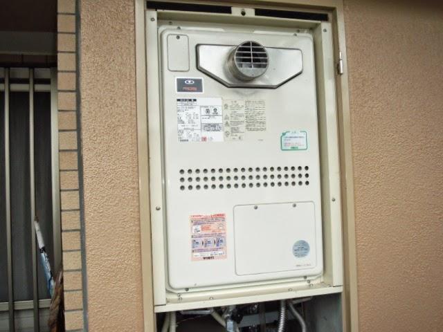 兵庫県 川西市 マンション 24号 ノーリツ ガス風呂給湯器 フルオート PS扉内設置 前方排気 取替交換工事 施工