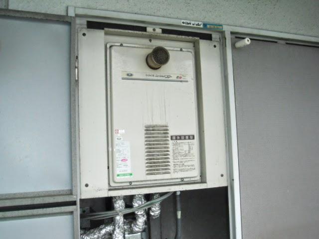 兵庫県 姫路市 マンション ノーリツ ガス給湯器 高温水供給方式 16号 PS扉内設置 前方排気 取替交換工事 施工