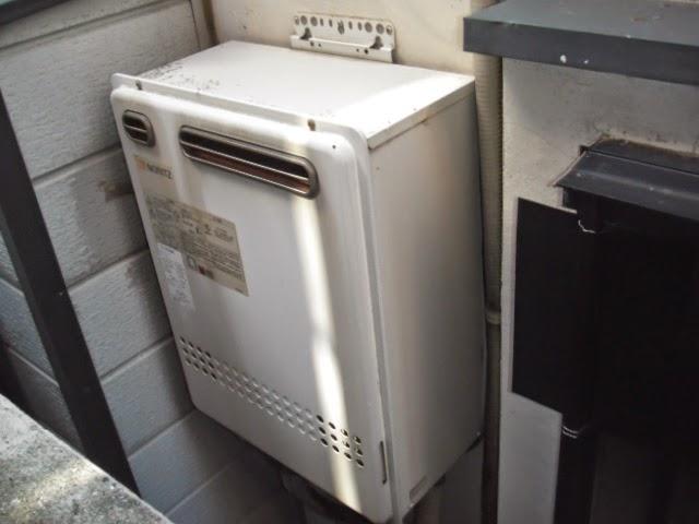 兵庫県 西宮市 美容室 ノーリツ 24号 ガスふろ給湯器 セミオート 屋外壁掛け型 取替交換工事 施工