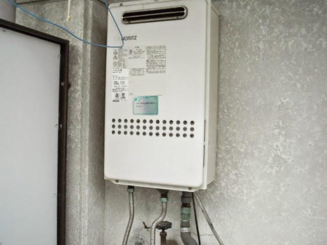 兵庫県 西宮市 マンション ノーリツ 20号 ガス給湯器 屋外壁掛け型 取替交換工事 施工