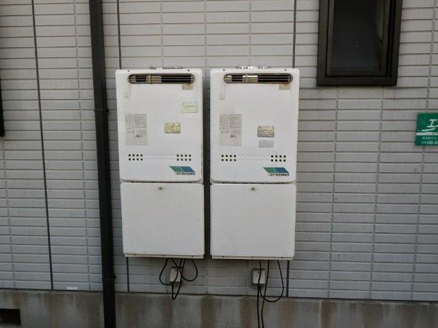 兵庫県 川西市 ハイツ ノーリツ 16号 ガスふろ給湯器 屋外壁掛け型 フルオート 取替交換工事施工
